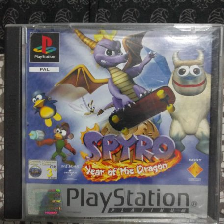 Spyro: Year Of The Dragon (Includes manual) (front)